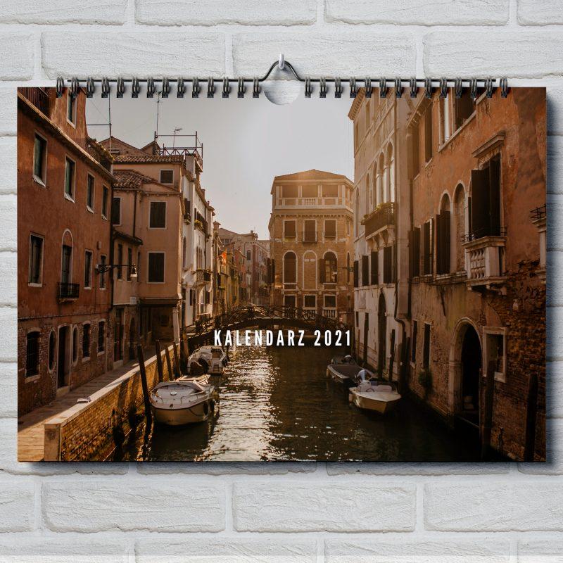 wenecki_kalendarz_okladka